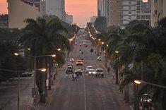 Uma parte da Avenida Dr. Eduardo Mondlane, anteriormente Pinheiro Chagas, anos 2010.