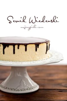 Viennese Cheesecake with Chocolate sauce Cheesecakes, Cheesecake Recipes, Dessert Recipes, American Cheesecake, Gooey Cake, Pastry And Bakery, Polish Recipes, Chocolate Cheesecake, Cake Cookies