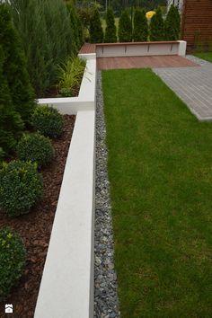 BENCH - zdjęcie od Paweł Bednarczyk Architektura Krajobrazu Back Deck, Yard Design, School Architecture, Porch, Sidewalk, Backyard, Landscape, Garden Modern, Decking