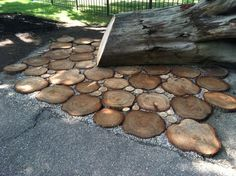 How to use tree slices to make a patio
