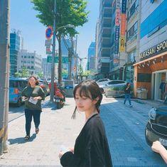 Image about girl in ♡: ulzzang / ♀. Cute Korean, Korean Girl, Asian Girl, Ulzzang Hair, Korean Ulzzang, Son Hwamin, Hwa Min, Taehyung, Korean People