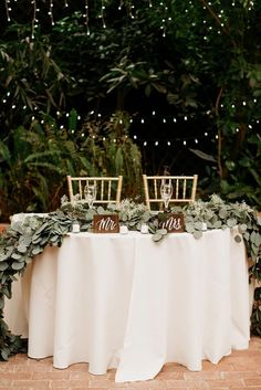 20 Trending Fall Wedding Reception Ideas for 2019 – Oh Best Day Ever – Wedding Decor Wedding Reception Ideas, Fall Wedding Table Decor, Fall Wedding Decorations, Our Wedding, Wedding Planning, Dream Wedding, Wedding Country, Wedding Receptions, Sweet Heart Table Wedding
