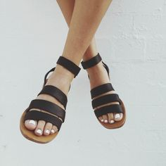Cabin and Cove sandals. I think only pretty feet can pull it off Sock Shoes, Cute Shoes, Me Too Shoes, Shoe Boots, Fashion Mode, Look Fashion, Womens Fashion, Fashion Black, Fashion Shoes
