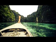 ▶ 3LAU,Paris & Simo ft. Bright Lights - Escape (Lukas Termena Chill mix) - YouTube