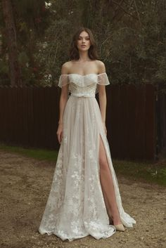 Swoon over the new collection of Adi Groman wedding dresses, chic, vintage-inspired wedding dresses with a feminine feel and timeless elegance. Dream Wedding Dresses, Bridal Dresses, Wedding Gowns, Bridesmaid Dresses, Prom Dresses, Garden Wedding Dresses, Dresses To Wear To A Wedding, Formal Dresses, Dress Outfits