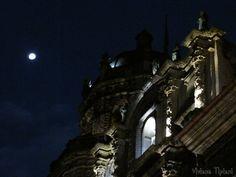 Cajamarca, Plaza de Armas y luna llena