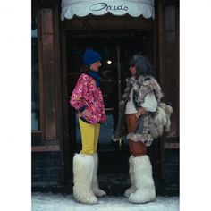 """Cortina d'Ampezzo"" Slim Aarons....hilarious furry snow boots 70s vintage fashion ski wear sports wookie boots white"