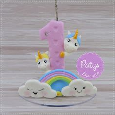 Vela Decorada Unicórnios - Festa Infantil - Paty's Biscuit Fondant Numbers, Fondant Letters, Clay Crafts, Diy And Crafts, Rainbow Unicorn Party, Pony Cake, Girls Tea Party, Cake Topper Tutorial, Little Girl Birthday