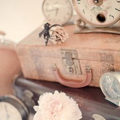 shabby time for a Vintage Pink Suitcase