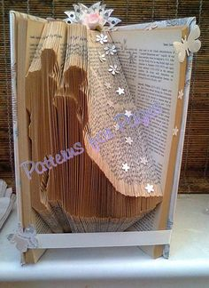Book folding pattern for a BRIDE AND GROOM by PatternsForPages