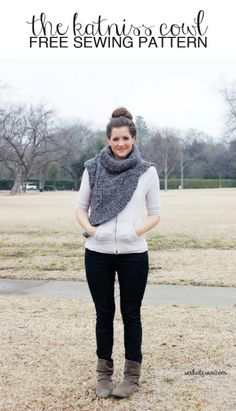 No knitting Katniss Cowl. FREE pattern! Great sweater upcycle.