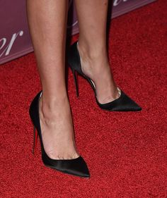 Reese Witherspoon's High Heels ...XoXo