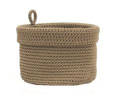 Free Pattern: Organization Now! Hanging Crochet Basket - moogly