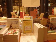 Mon second livre dans la belle librairie Mollat, à Bordeaux