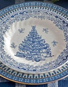 Hydrangea Hill Cottage: I'll Have a Blue Christmas...........