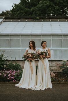 Brides | Soft & Romantic Bridal Inspiration Shoot With Rose Bouquets & Brides In Otaduy With Images From Fox & Owl Photography & Planning By Redamancy Weddings.