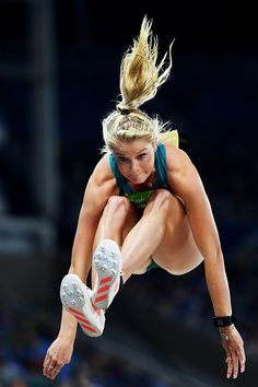 Brooke Stratton of Australia competes during the Women's Long Jump Qualifying… Action Pose Reference, Human Poses Reference, Pose Reference Photo, Body Reference, Action Poses, Body Gestures, Long Jump, High Jump, Anatomy Poses