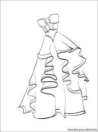 Resultado de imagem para desenhos de vestidos de uma estilista para pintar
