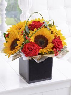 Rose and Sunflower Cube * Fall Flowers, Fresh Flowers, Dublin, Cork, Floral Arrangements, Glass Vase, Floral Wreath, Bouquet, Wreaths