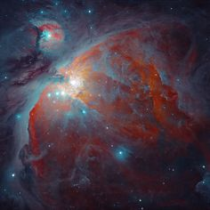 Orion's Nebula - Astronomer Igor Chekalin decided to process this image to emphasize the relatively cool dust, which reflects starlight, rather than the hot hydrogen gas, which emits its own light. (See a high-resolution Hubble picture of Orion. Sistema Solar, Carl Sagan Cosmos, Constellations, Orion's Belt, Astronomy Pictures, Orion Nebula, Helix Nebula, Carina Nebula, Spiegel Online