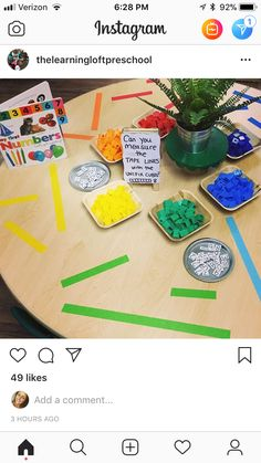This is another way to incorporate measuring. I liked how the teacher taped down different lines for students to measure. Great for small group or individual work. Measurement Kindergarten, Measurement Activities, Math Measurement, Math Games, Capacity Activities, Preschool Lessons, Kindergarten Activities, Teaching Math, Preschool Activities