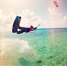 kiteboardgirl:  railey on Bonaire rider: Renske Herder