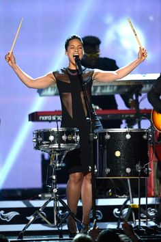 When diva Alicia Keys decided to sing and play the drums at the same time while standing up.   The 16 Greatest Diva Moments At TheGrammys