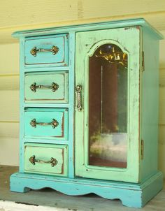 Beach Themed Distressed Vintage Jewelry Box