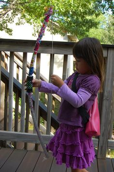 DIY archery tutorial for the bow, arrows, quiver, targets - party ideas too!