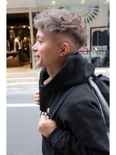 Curly Hair Cuts, Medium Hair Cuts, Curly Hair Styles, Hairstyles Haircuts, Haircuts For Men, Lesbian Hair, Mens Hair Colour, Japanese Hairstyle, Girl Short Hair