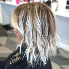 Long bob with balayage Bronde Hair, Hair Color Balayage, Balayage Blond, Balayage Hair How To, Long Bob Balayage, Long Bob Blonde, Ash Blonde, Silver Blonde, Short Hair