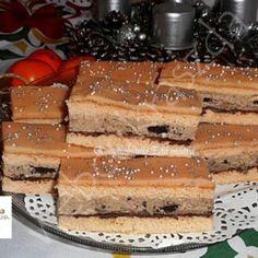 Crispy slice of oreo biscuit cream - Mindmegette.hu Crispy slice of oreo biscuit cream – Mindmegette. Mexican Pastries, Sweet Pastries, Oreo Biscuits, Izu, Tiramisu, Waffles, Cheesecake, Cupcake, Xmas