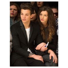 Photos One Direction's Louis takes his GF to London Fashion Week ❤ liked on Polyvore featuring one direction, louis tomlinson, louis, eleanor and eleanor calder