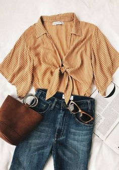 accessories collar tie front striped blouse, rings on purse Style Outfits, Mode Outfits, Casual Outfits, Classic Fashion Outfits, Ootd Summer Casual, Outfit Summer, Retro Outfits, Dress Summer, School Outfits