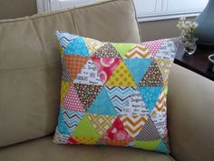 Triangle quilt pillow