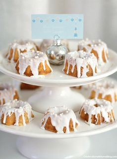 Mini bundt cakes - look like snow covered mountains!