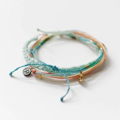 Pura Vida Bracelets Club Subscription Review - July 2016 - Check out my review of this new subscription box from the Pura Vida Bracelets Club!