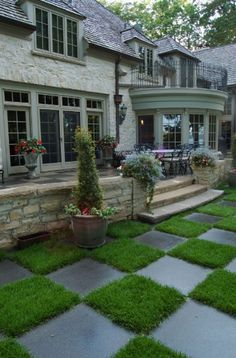 20 Garden Paths Ideas. I really like the stone & grass patch idea.
