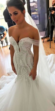 30 Romantic Off The Shoulder Wedding Dresses ❤ off the shoulder wedding dresses sweetheart lace mermaid with train leah da gloria ❤ See more: http://www.weddingforward.com/off-the-shoulder-wedding-dresses/ #wedding #bride