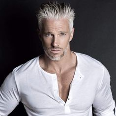 Michael Justin - Just Fine Men Handsome Older Men, Handsome Men Quotes, Handsome Arab Men, Scruffy Men, Older Mens Hairstyles, Haircuts For Men, Silver Foxes Men, Hair And Beard Styles, Hair Styles