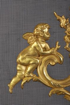 Antique Louis XV style fire screen with putti in gilded bronze. A putti is the italian word for little angels symbols of love, always accompanying the gods of love : Venus and Cupid. Tall Christmas Trees, Charred Wood, Italian Words, Architectural Antiques, Cherubs, Angel Ornaments, Objet D'art, Love Symbols, Cupid