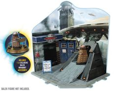 Amazon.com: Doctor Who Dr Who Time Zone Playset DALEK INVASION inc EXCLUSIVE Dalek Hoverbout: Toys & Games