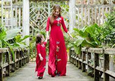 Elly Trần và con gái Cadie diện đồ đôi rực rỡ hình ảnh 1