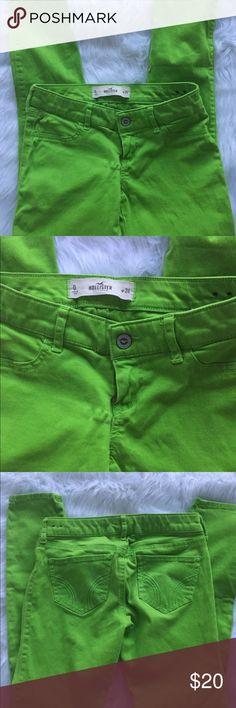 Hollister Skinny Jeans Hollister Jeans 98%cotton 2%elastane Measurements  Waist 26 Hips30 Length 34 Hollister Jeans Skinny