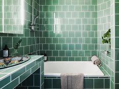 """115 gilla-markeringar, 4 kommentarer - Kvarteret Mäkleri (@kvarteretmakleri) på Instagram: """"• Paradisgatan 25 H • När man säljer lägenheter är det inte jätteofta som just badrummen går på…"""""""