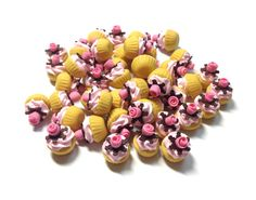 Miniature Sweet  Cup cake  5pcs For Dessert Supply by SweetieTiny, $4.99