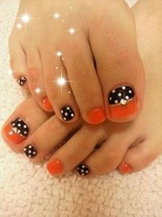 Gorgeous Fall Beach Nails Designs Ideas For Your Exceptional Look - The most beautiful nail designs Halloween Toe Nails, Fall Toe Nails, Fall Nail Art, Fancy Nails, Love Nails, Pretty Nails, My Nails, Nails 2017, Beach Nail Designs