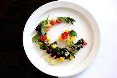 Amanida d'arròs thai negre amb verdures i mango. Thai black rice salad with vegetables and mango. Black Rice Salad, Mango, Vegetables, Breakfast, Food, Manga, Morning Coffee, Essen, Vegetable Recipes