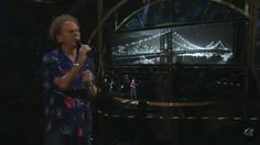 Simon & Garfunkel - Bridge Over Troubled Water ( Madison Square Garden )