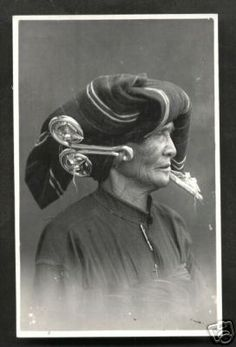 "Biggest Ethnic Earrings Ever? (Karo Batak ""Padung-Padung"") – Ethnic Jewels"